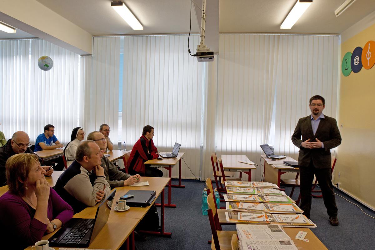 Setkání učitelů používajících open source, 1.3.2012, Olomouc